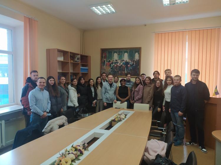 Мотиваційна зустріч здобувачів спеціальностей 293 «Міжнародне право» і 081 «Право» зі студентами із США